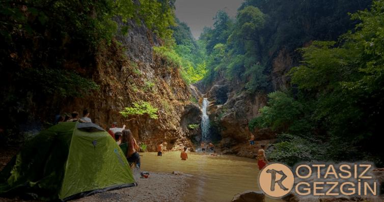 Hacıllı-Şelalesi-Kamp-Alanı-Çöplük-1