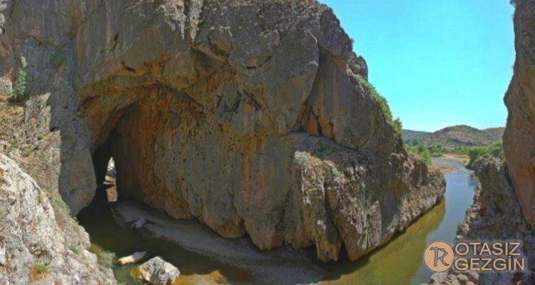 Diyarbakır Bırkleyn Mağarası Kamp Alanı