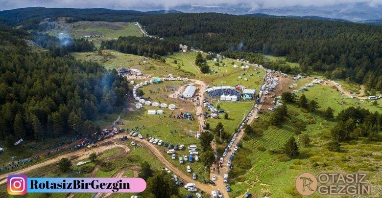 7- Refahiye Dumanlı Tabiat Parkı Kamp Yeri